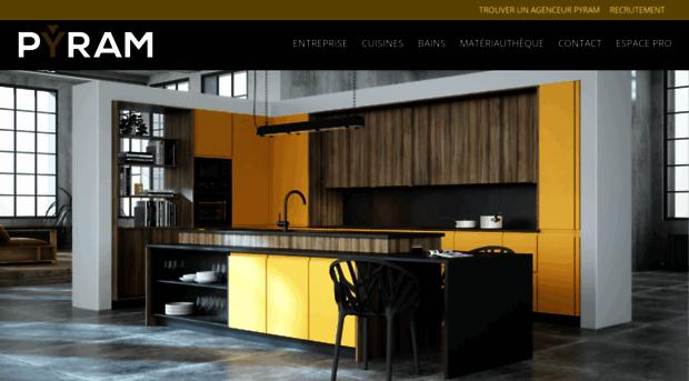 pyram cuisine decora placage chne fum pyram cuisines with pyram cuisine pyram cuisine with. Black Bedroom Furniture Sets. Home Design Ideas